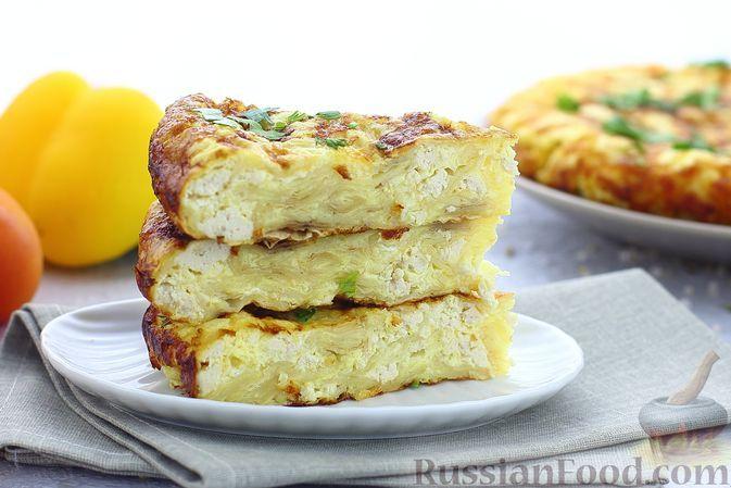 Фото к рецепту: Пирог из лаваша с куриным фаршем и сыром, на сковороде