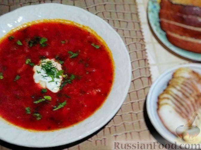 Фото к рецепту: Красный борщ на курином бульоне (без картофеля)
