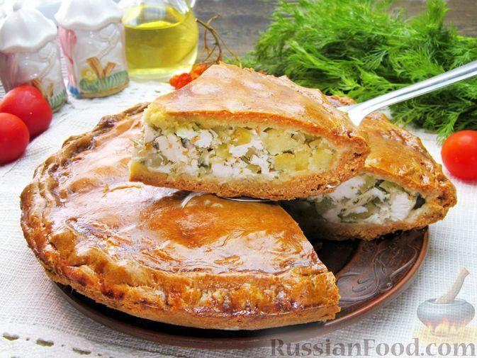 Фото к рецепту: Пирог с куриным филе и картофелем