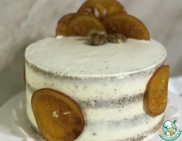 Рецепт: Гречневый торт с черносливом, грушей и сметанным кремом
