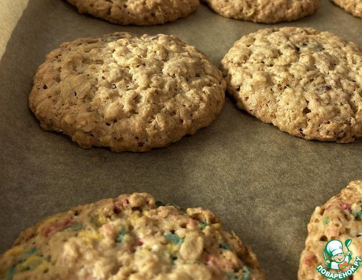 Рецепт: Овсяное печенье с шоколадом и посыпкой