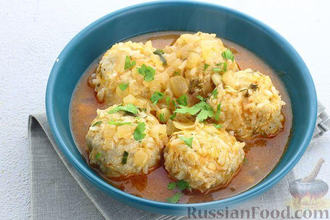 Фото к рецепту: Куриные тефтели в томатном соусе