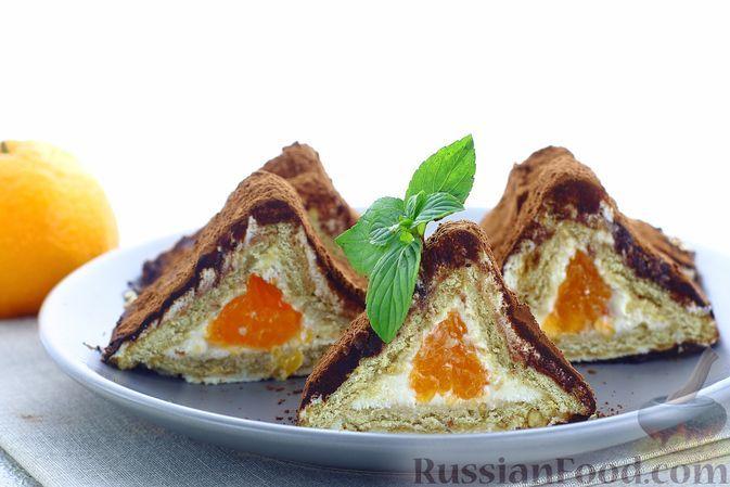 Фото к рецепту: Пирожные из печенья, с творожным сыром, сгущенным молоком и мандаринами
