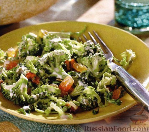 Фото к рецепту: Салат из брокколи