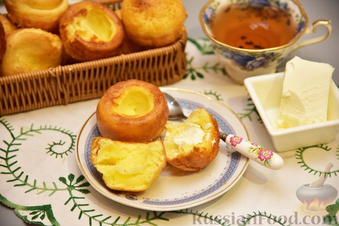 Фото к рецепту: Полые сырные булочки на молоке и кукурузном крахмале