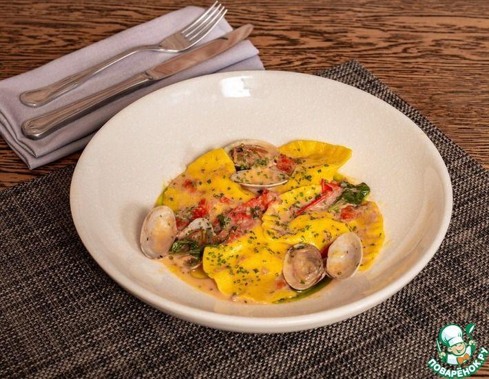 Рецепт: Равиоли с лососем и сливочным сыром