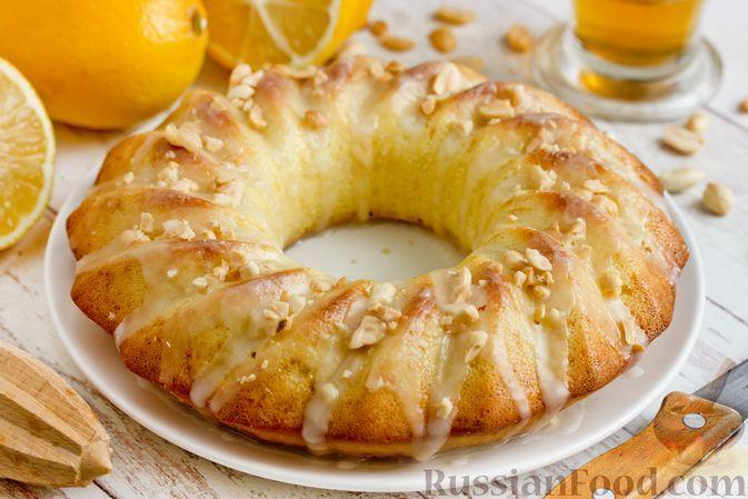Фото к рецепту: Кекс на молоке, с цедрой и лимонной глазурью