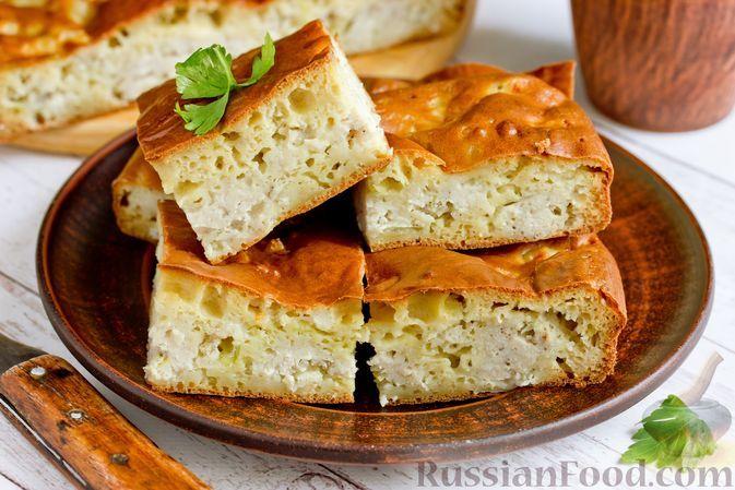 Фото к рецепту: Заливной пирог на кефире, с мясным фаршем