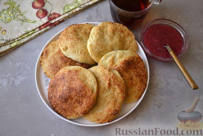 Фото к рецепту: Творожное печенье с кокосовой стружкой