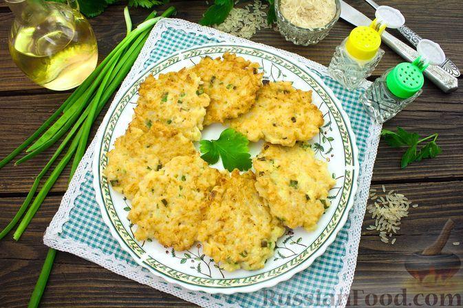 Фото к рецепту: Рисовые оладьи с куриным филе