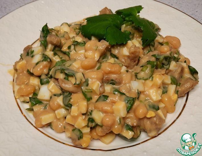 Рецепт: Салат с белой консервированной фасолью и кинзой
