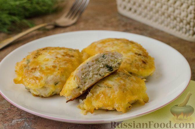 Фото к рецепту: Куриные котлеты с картофелем, в кляре