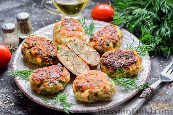 Фото к рецепту: Котлеты с черемшой и плавленым сыром