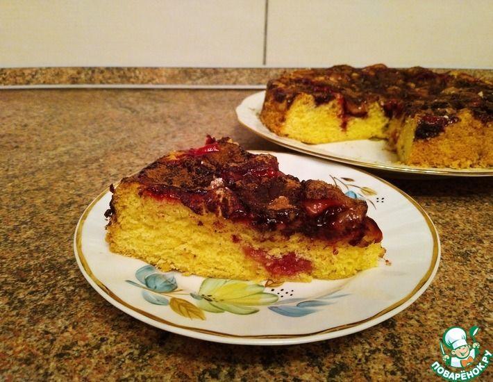 Рецепт: Пирог со сливами с корицей