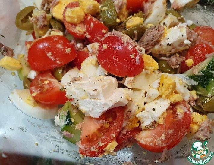 Рецепт: Простой и вкусный салат с тунцом