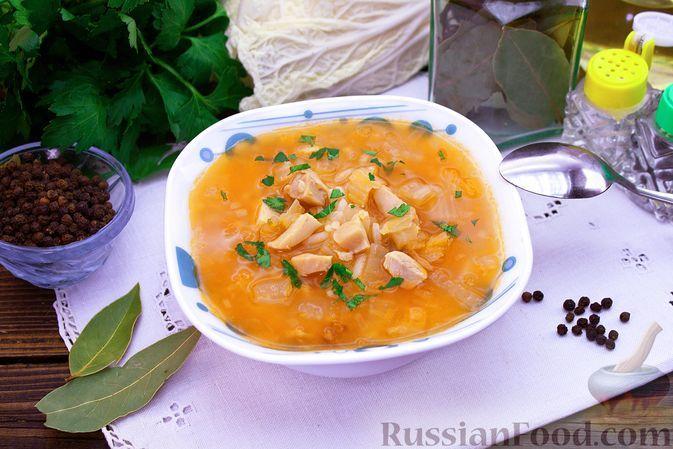 Фото к рецепту: Куриный суп с капустой и рисом