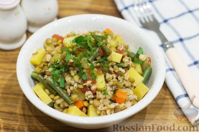 Фото к рецепту: Овощное рагу с чечевицей и перловкой