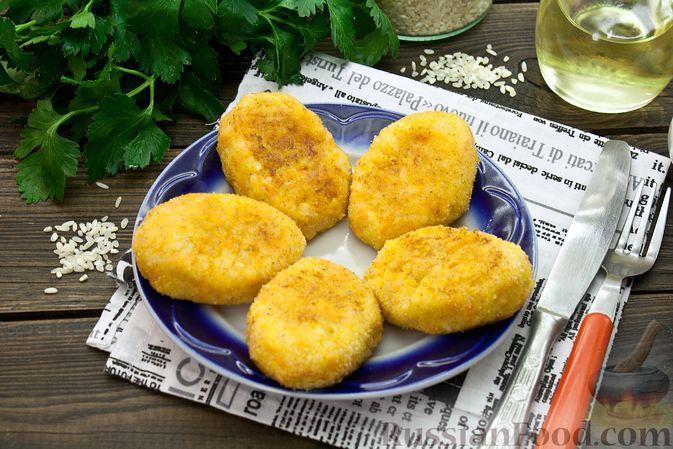 Фото к рецепту: Постные котлеты из риса и картофеля