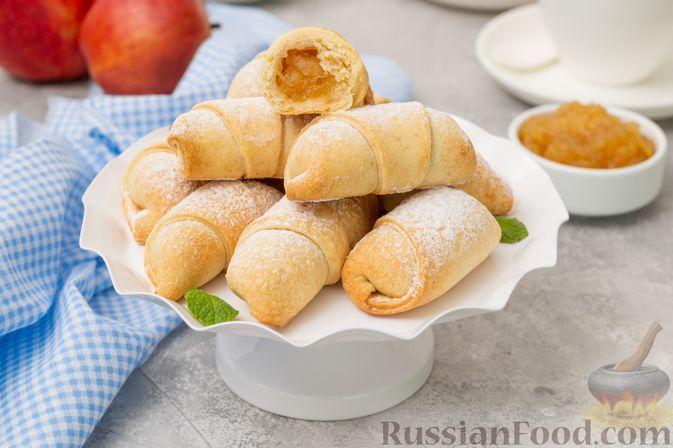 Фото к рецепту: Постные рогалики с яблочным вареньем