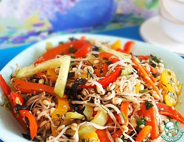 Рецепт: Овощной салат с проростками маша
