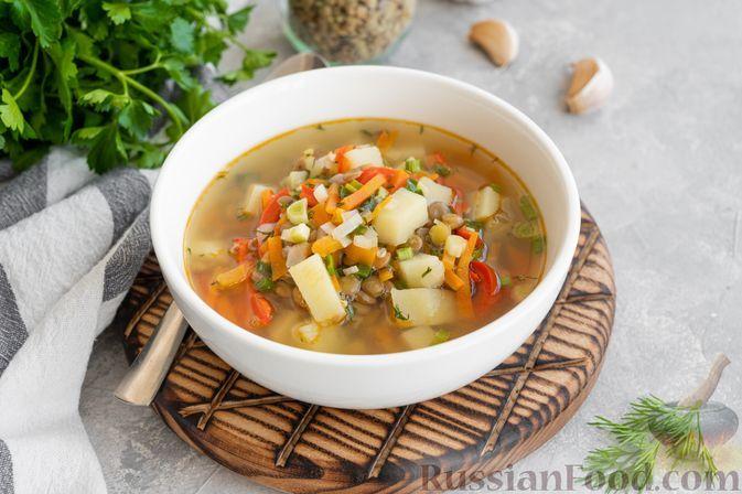 Фото к рецепту: Суп с чечевицей и овощами