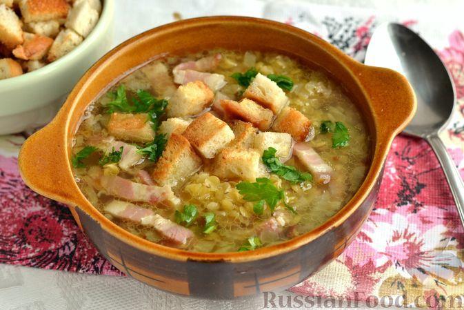 Фото к рецепту: Суп с чечевицей и беконом