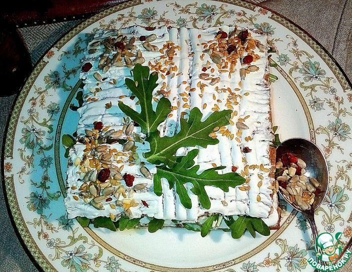 Рецепт: Торт салат с горбушей и рукколой