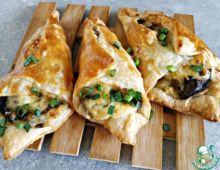 Рецепт: Пирожки с картошкой, грибами и сыром