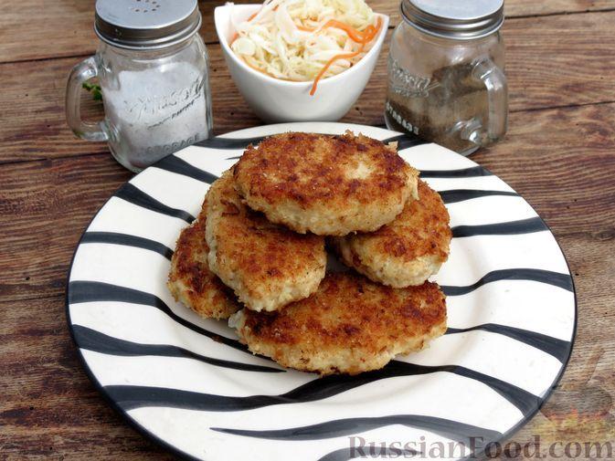 Фото к рецепту: Котлеты из куриного филе и квашеной капусты