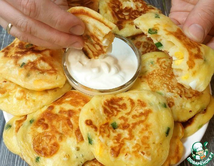 Рецепт: Ленивые пирожки-оладьи с зеленым луком и яйцом. Вкусно и быстро