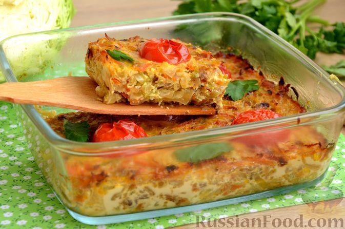 Фото к рецепту: Запеканка из молодой капусты с помидорами