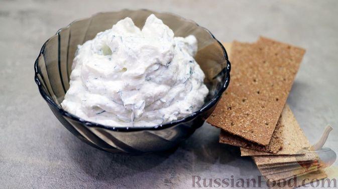 Фото к рецепту: Творожный сыр домашнего производства