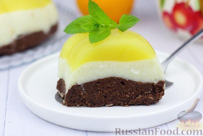 Фото к рецепту: Трёхслойный десерт из манной каши с какао и апельсиновым желе