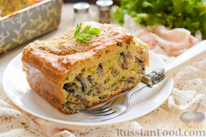 Фото к рецепту: Заливной пирог с тюлькой и зеленью