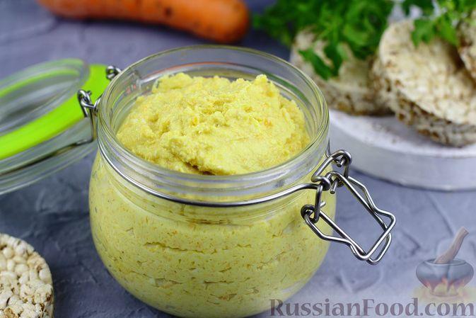 Фото к рецепту: Яичный паштет с луком и морковью