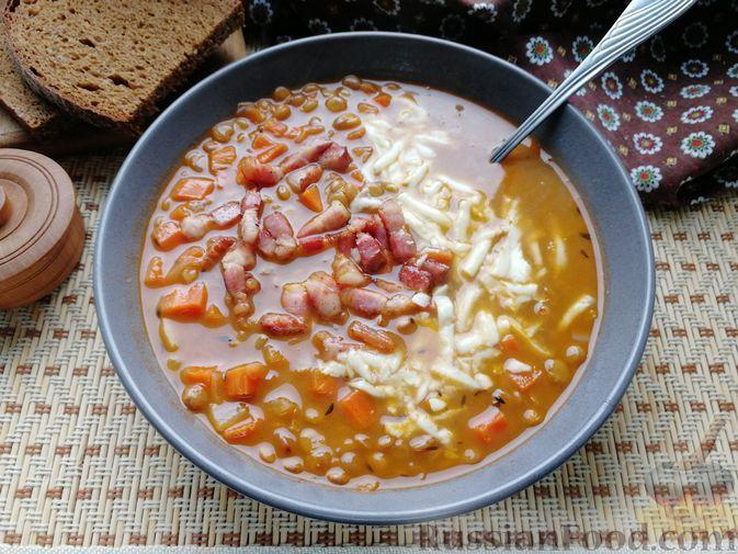 Фото к рецепту: Куриный суп с чечевицей и овощами