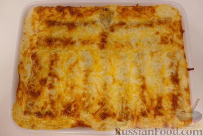 Фото к рецепту: Каннеллони с фаршем под соусом бешамель