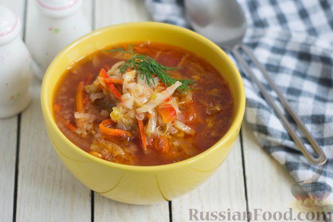 Фото к рецепту: Томатный суп с гречкой и жареной капустой