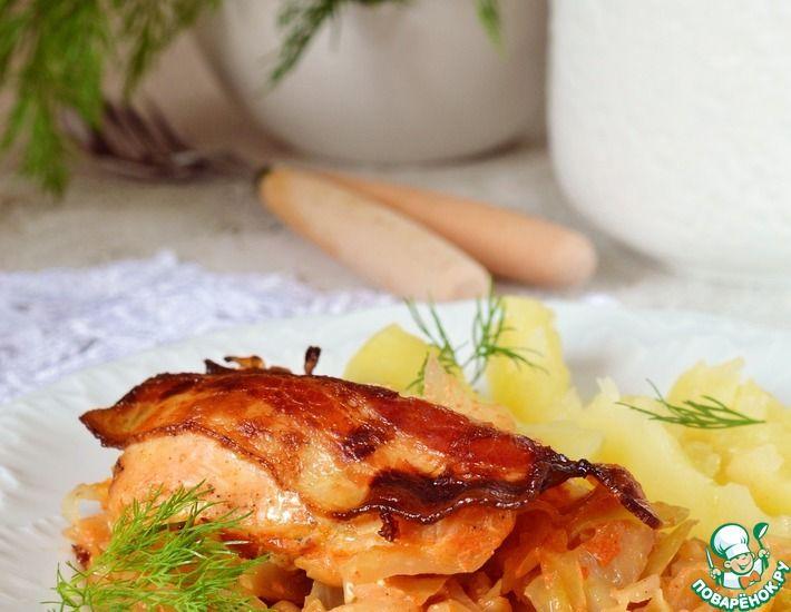 Рецепт: Куриные грудки, запеченные на молодой капусте