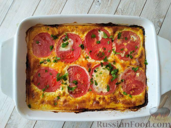 Фото к рецепту: Курица с помидорами, запечённая в сливочной заливке