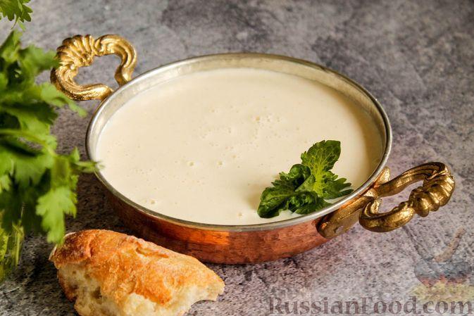 Фото к рецепту: Сырно-сливочный соус