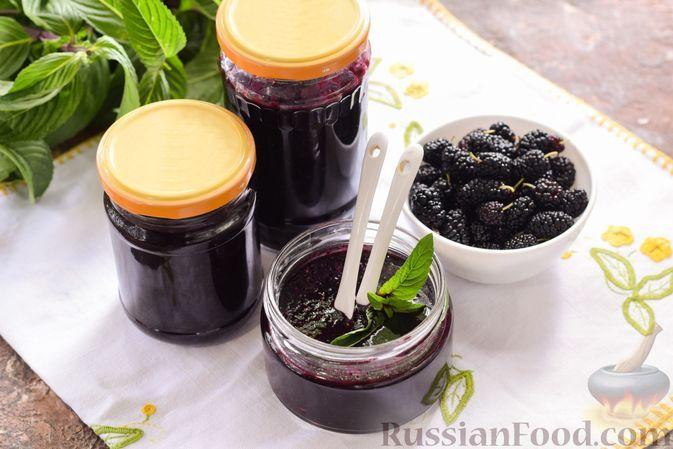 Фото к рецепту: Шелковица, перетёртая с сахаром (на зиму)