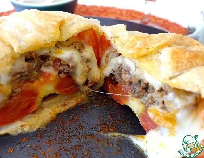 Рецепт: Фаршированный помидор сыром, фаршем в тесте