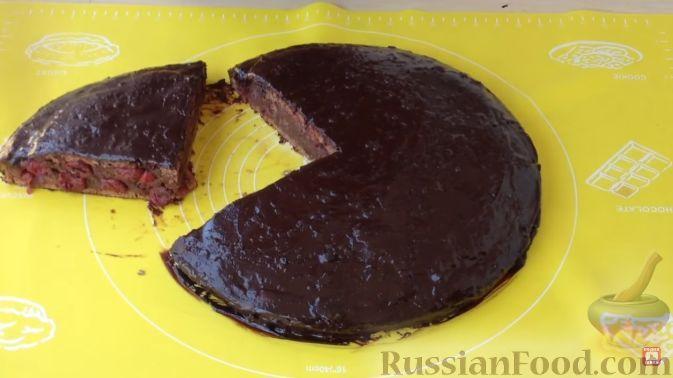 """Фото к рецепту: Торт """"Пьяная вишня"""""""
