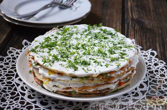 Фото к рецепту: Закусочный кабачковый торт