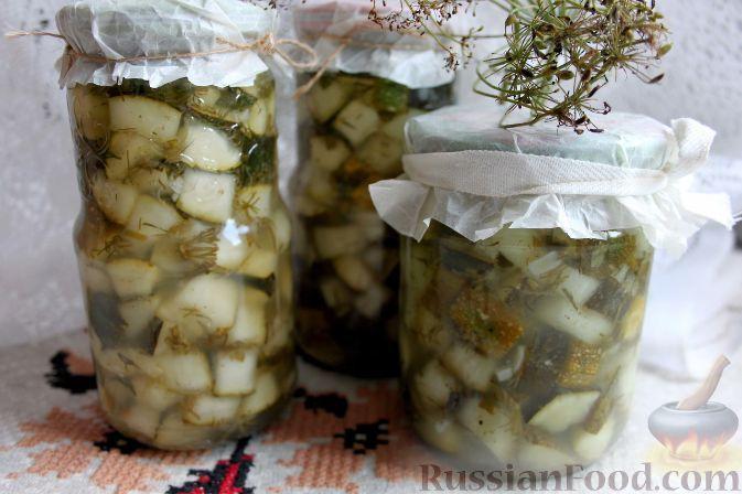 Фото к рецепту: Кабачки «как грузди»