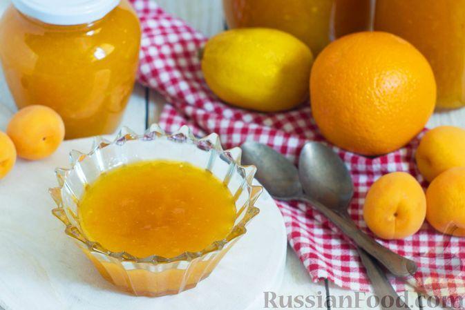 Фото к рецепту: Абрикосы, перетёртые с сахаром, апельсином и лимоном