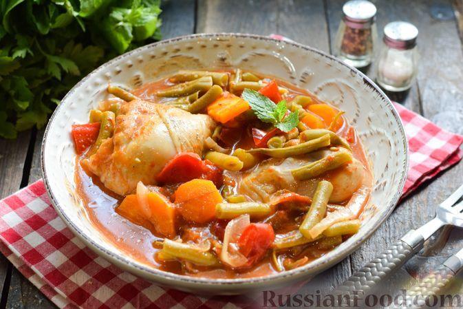 Фото к рецепту: Овощное рагу с курицей и стручковой фасолью