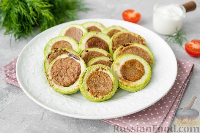 Фото к рецепту: Кабачковые кольца с печенью
