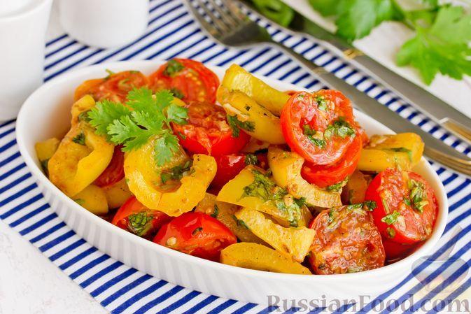 Фото к рецепту: Салат из жареных помидоров и болгарского перца